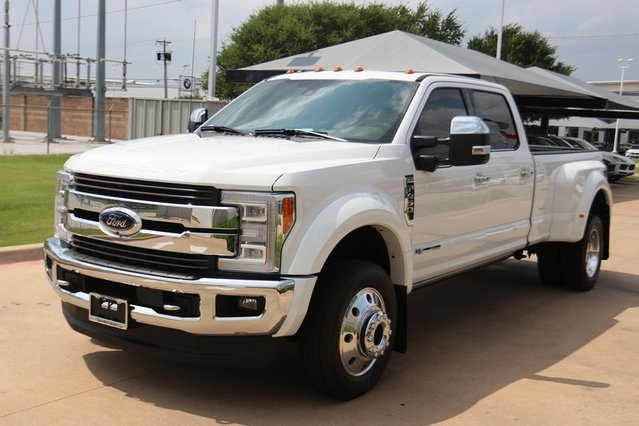 Pre-Owned 2017 Ford F-450SD King Ranch