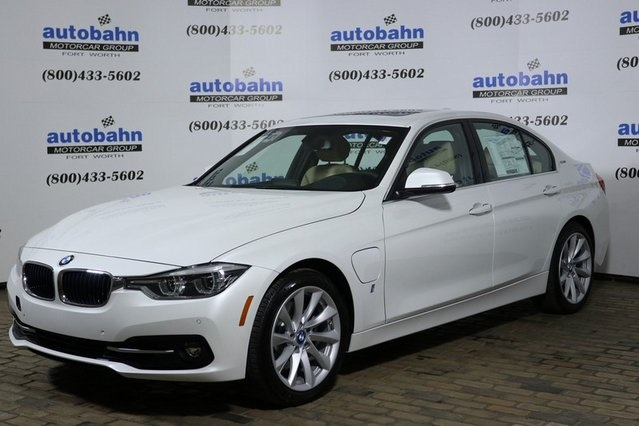 2018 BMW 3 330e iPerformance Sedan<br>(stk# B21782)Executive Demo